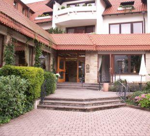 Eingangsbereich mit Terrasse Hotel Werbetal