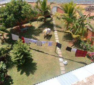 Blick vom Balkon in den Garten Bochum Lanka Resort