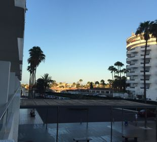 Parkplatz vor dem Hotel SENTIDO Gran Canaria Princess