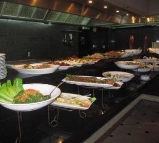 Salatbuffet (Lunch) Ramada Hotel & Suites Al Khobar