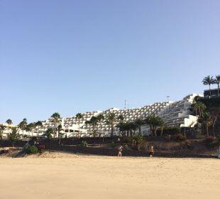 Vom Strand aus Sensimar Calypso Resort & Spa