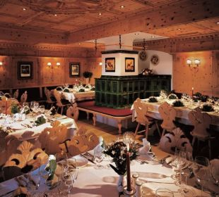 Gemütliche Zirbenstube Alpina Family, Spa & Sporthotel