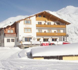 Aussenaufnahme Hotel Alpenrose