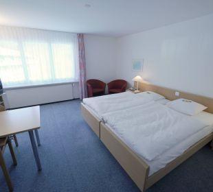 Doppelzimmer mit WC/Dusche Hotel Zentrum Ländli