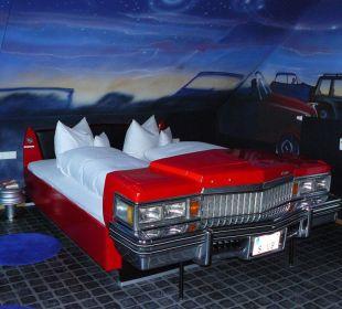 hotelbilder v8 hotel motorworld region stuttgart in b blingen baden w rttemberg deutschland. Black Bedroom Furniture Sets. Home Design Ideas