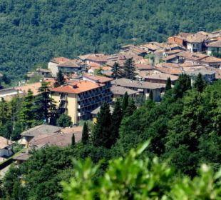 Der Ort Gardola mit Hotel Hotel Bellavista