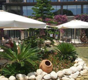 Piękne otoczenie przy hotelu Bellis Deluxe Hotel