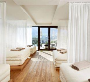 White Silence Lounge DolceVita Hotel Preidlhof