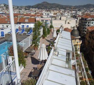 Pool vom Nachbarhotel Splendid Hotel Gounod Nice