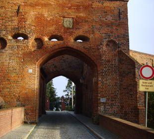 Eingang zum Schlosshotel Ringhotel Schloss Tangermünde