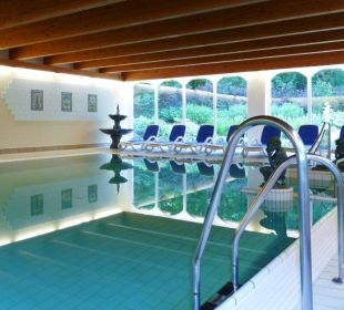 Schwimmbad 7 x 10 m, 28°C Schlosshotel Ralswiek