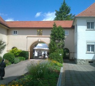 Durchgang Kloster Maria Hilf