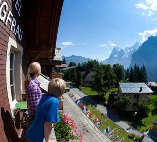 Bergblick im Sommer Hotel Jungfrau