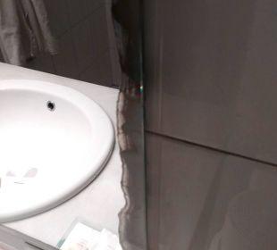 Badezimmer Spiegel  JS Hotel Sol de Can Picafort
