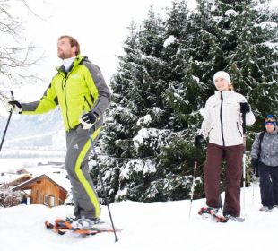 Snow shoe - Schneeschuhwanderung Pension St. Georg