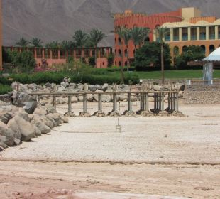 Zamknieta restauracja Strand Beach & Golf Resort Taba Heights