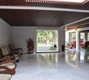 Lobby Hotel Griya Santrian