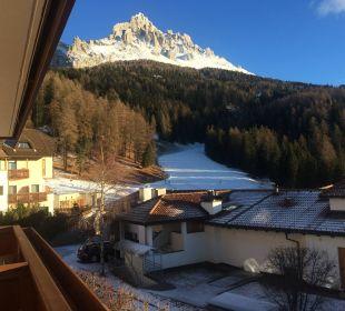 Blick vom Bakon unseres Zimmers zum Abfahrtshang Piccolo Hotel Obereggen