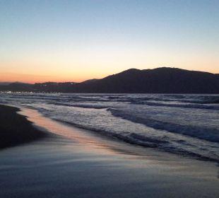 Sonnenuntergang  Vantaris Beach Hotel