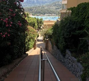 Weg vom Hotel zum Hafen SENTIDO Porto Soller
