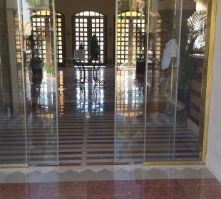 Eingang zur Lobby Hotel Iberotel Makadi Beach