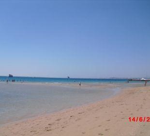 Strand, vorne eine Sandbank