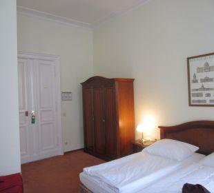 Room Henri Hotel Berlin Kurfürstendamm