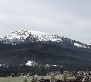 Blick aus unserer Wg Kaiserwinkl Panoramablick Ferienwohnungen Neumaier