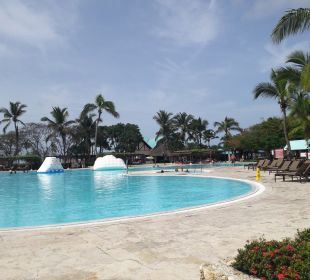 Pool Dreams La Romana Resort & Spa