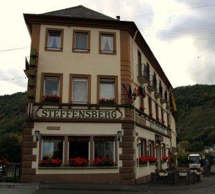 Blick auf das Hotel Mosel Weinhotel Steffensberg