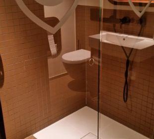 Dusche 25hours Hotel HafenCity