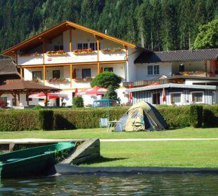 Hotel vom See aus Hotel Fischerhof Glinzner
