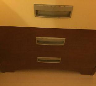 Möbel uralt und abgenutzt Belek Beach Resort Hotel