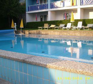 Gepflegtes Freibad Hotel Klein