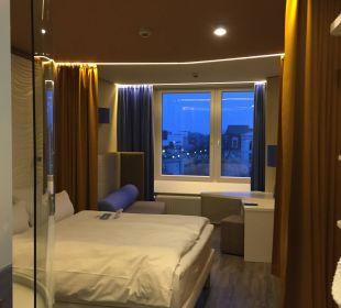 Zimmer im 4. Stock a-ja Warnemünde. Das Resort.
