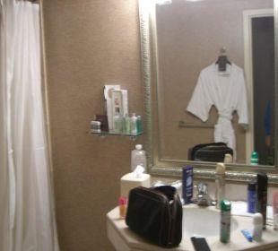 Badezimmer(unaufgeräumt)