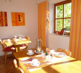 Frühstückszimmer Gästezimmer Fewos Familie Neubert