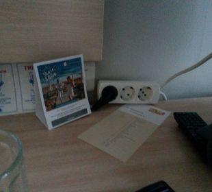 Mehrfachsteckdose aus Mangel richtiger Steckdosen lti Grand Hotel Glyfada