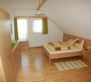 """Wohnung """"Nussbaumblick"""" Schlafzimmer Bauernhaus Zechnerhof"""