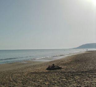 Happy Days Beach Hotel Weg De