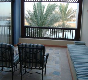 Balkon mit Marinablick