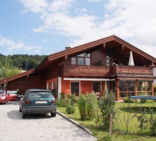 Haus Rosenrot Gesamtansicht Ferienwohnung Haus Rosenrot