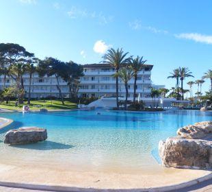 Blick auf Pool und Aparthotel Aparthotel Esperanza Park