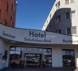 Eingang Hotel Sole-Felsen-Bad