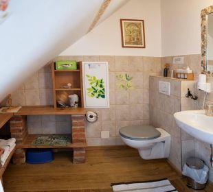 Badezimmer vom Familienzimmer Heuboden Landhaus FühlDichWohl
