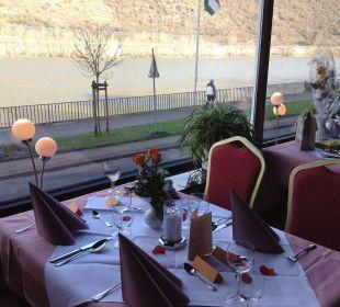 Tisch im Restaurant Hotel Rheinlust