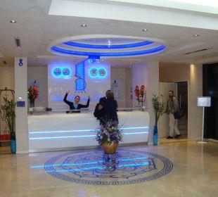Lobby Hotel Blue Regency
