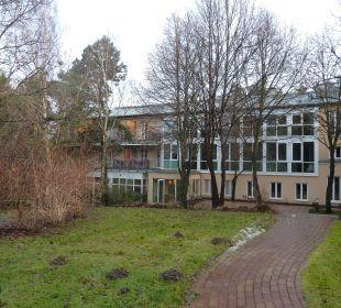 Hinter den Fenstern rechts unten liegt der Pool  Relais & Châteaux Hotel Bayrisches Haus