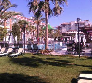 Hotel vom Garten aus Belek Beach Resort Hotel