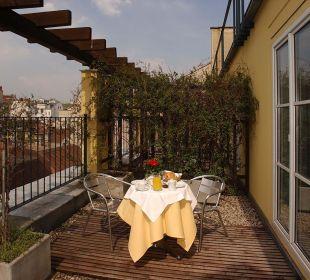 Terrace K+K Hotel Maria Theresia